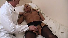 Horny doctor makes a house call and gets granny twat in a tither