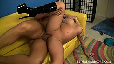 Inked up blonde bimbo takes that dick down to the balls with ease