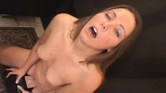 Alluring Babe Brings Her Pussy To The Ultimate Climax On The Sybian