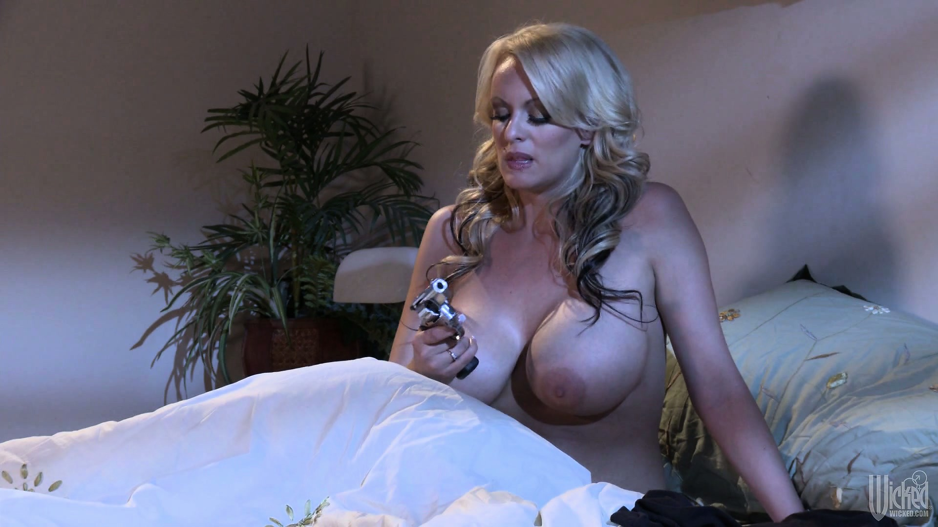 Free Mobile Porn & Sex Videos & Sex Movies - Sexual Experience Of Hot Slut  Riley Becomes Exposed To A Great Danger - 281318 - ProPorn.com
