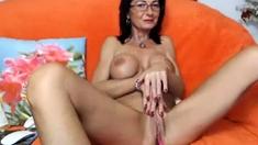 Romanian MILF on webcam