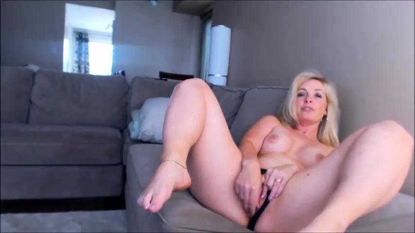blond mamuśki solo porno czarna barbara cipki