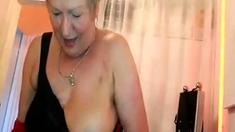 Big Tit Mature Handjob